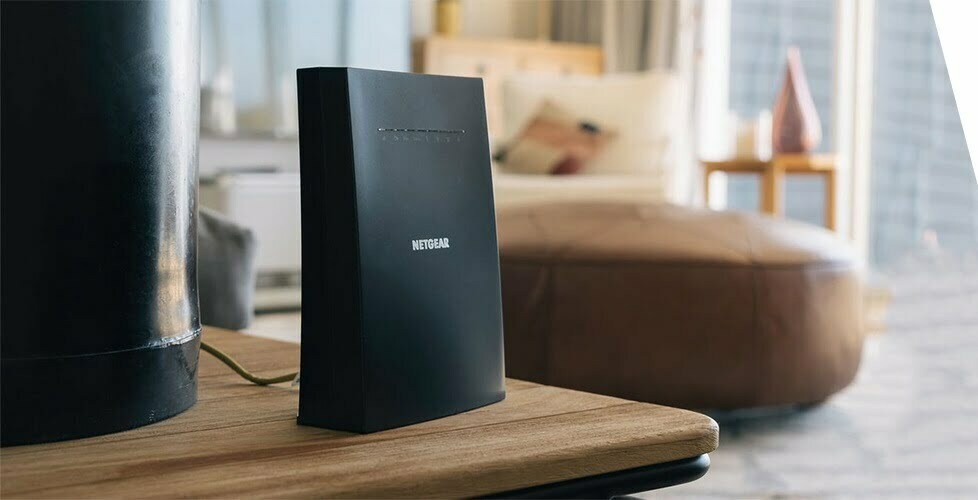 Read more about the article What are range extenders and features of Netgear EAX20?